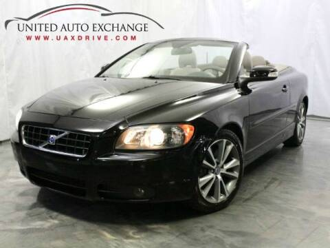 2010 Volvo C70 for sale at United Auto Exchange in Addison IL
