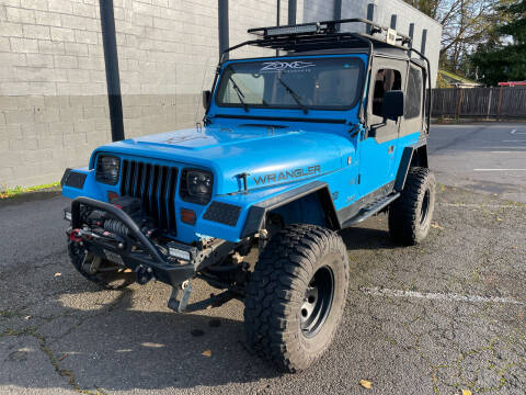 1992 Jeep Wrangler for sale at APX Auto Brokers in Lynnwood WA
