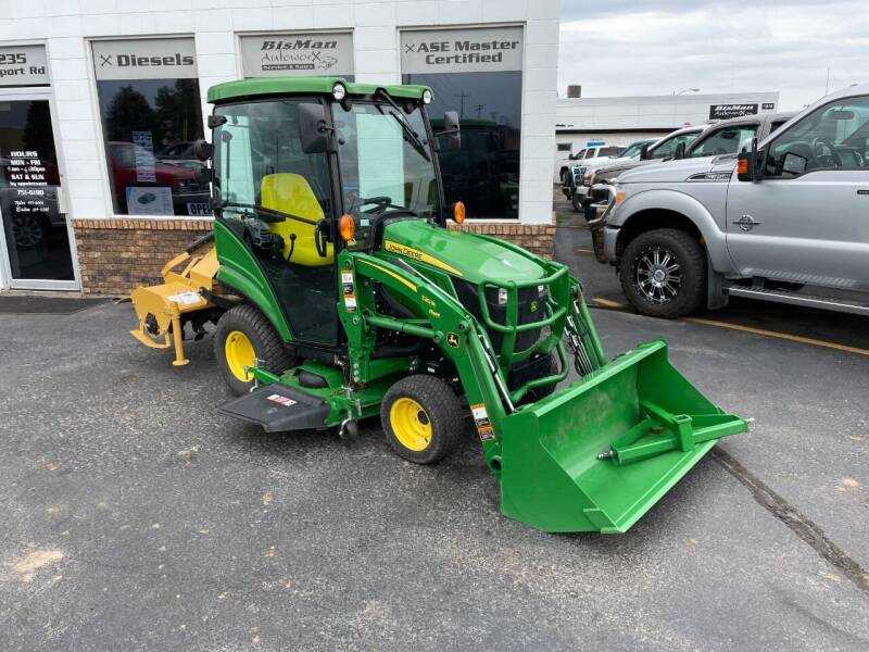2019 John Deere 1025R for sale at BISMAN AUTOWORX INC in Bismarck ND