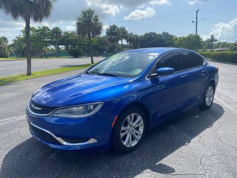 2015 Chrysler 200 for sale at Lamberti Auto Collection in Plantation FL