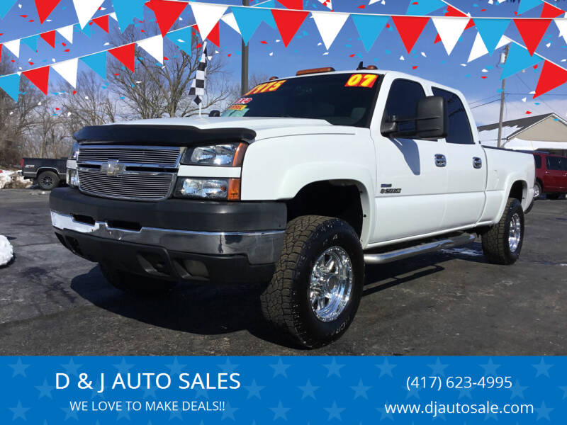 2007 Chevrolet Silverado 2500HD Classic for sale at D & J AUTO SALES in Joplin MO