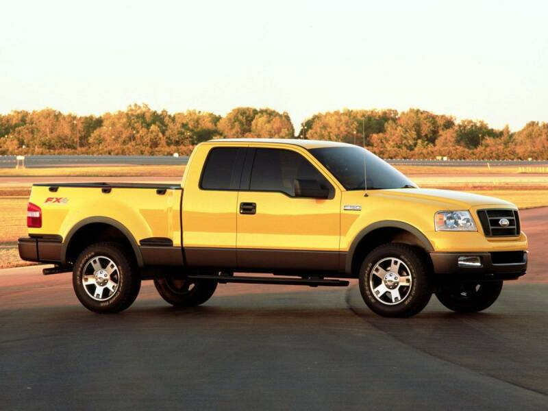 2006 Ford F-150 for sale at St. Croix Classics in Lakeland MN