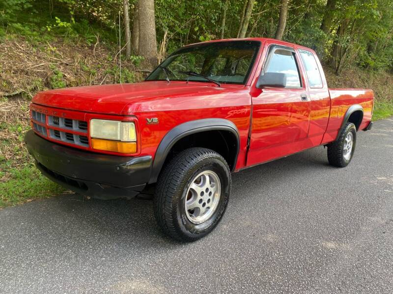 1996 Dodge Dakota for sale at Lenoir Auto in Lenoir NC