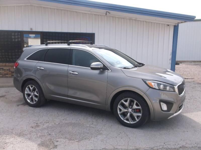 2016 Kia Sorento for sale at AUTO TOPIC in Gainesville TX