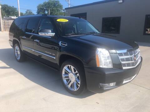 2010 Cadillac Escalade ESV for sale at Tigerland Motors in Sedalia MO