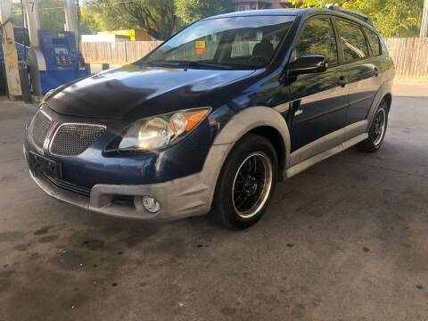 2005 Pontiac Vibe for sale at JE Auto Sales LLC in Indianapolis IN
