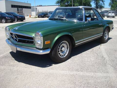 1969 Mercedes-Benz SL-Class for sale at Naperville Auto Haus Classic Cars in Naperville IL