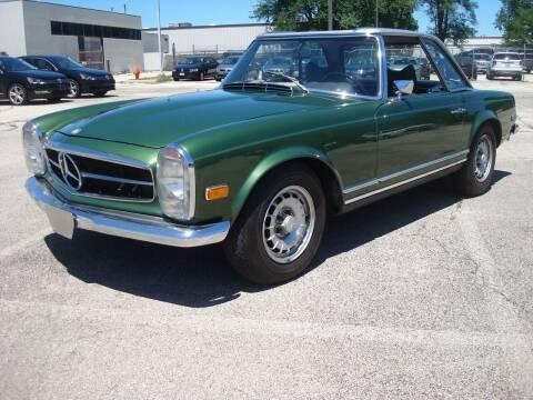 1969 Mercedes-Benz SL-Class for sale at Naperville Auto Haus Classic Cars in Naperville IL