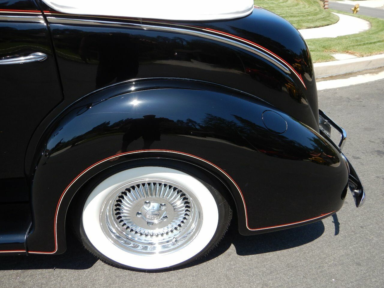 1938 Ford Cabriolet 26