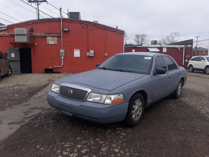 2004 Mercury Grand Marquis for sale at Flag Motors in Columbus OH