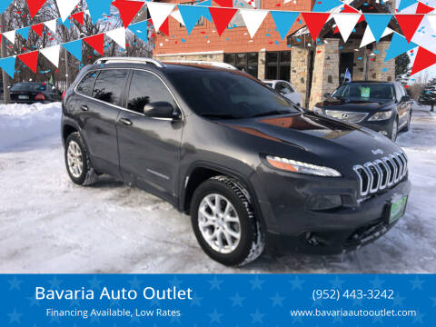 2017 Jeep Cherokee for sale at Bavaria Auto Outlet in Victoria MN