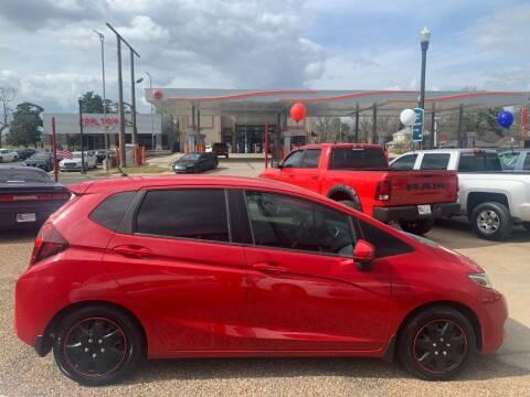 2015 Honda Fit for sale at LA Auto Sales in Monroe LA