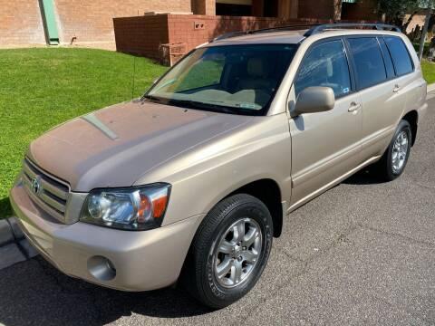 2004 Toyota Highlander for sale at Premier Motors AZ in Phoenix AZ