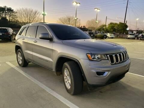 2017 Jeep Grand Cherokee for sale at JOE BULLARD USED CARS in Mobile AL