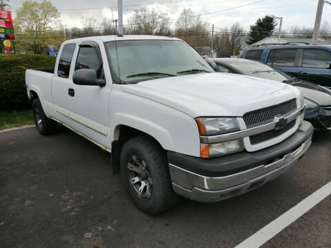 2004 Chevrolet Silverado 1500 for sale at KRIS RADIO QUALITY KARS INC in Mansfield OH