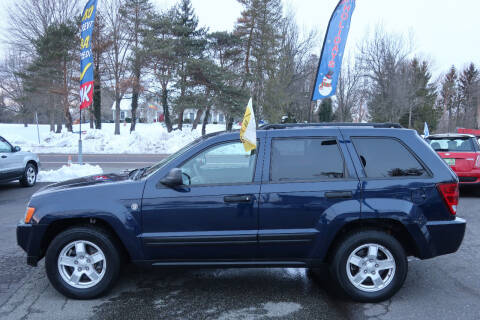 2006 Jeep Grand Cherokee for sale at GEG Automotive in Gilbertsville PA