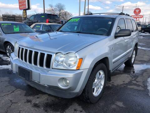 2007 Jeep Grand Cherokee for sale at RJ AUTO SALES in Detroit MI