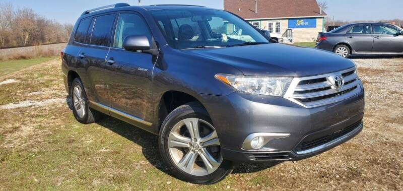 2011 Toyota Highlander for sale at Sinclair Auto Inc. in Pendleton IN