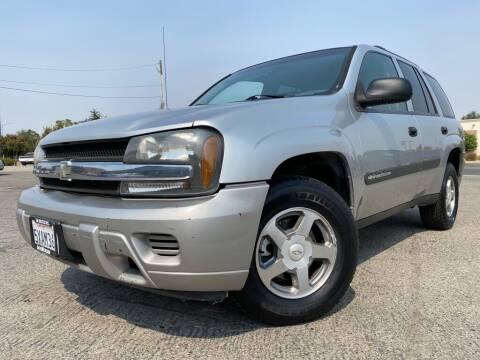 2004 Chevrolet TrailBlazer for sale at Auto Mercado in Clovis CA