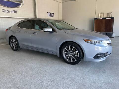 2015 Acura TLX for sale at TANQUE VERDE MOTORS in Tucson AZ