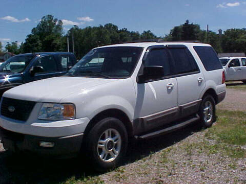 2003 Ford Expedition for sale at Bates Auto & Truck Center in Zanesville OH