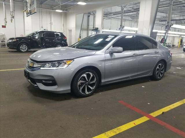 2016 Honda Accord for sale at Auto Connection in Manassas VA