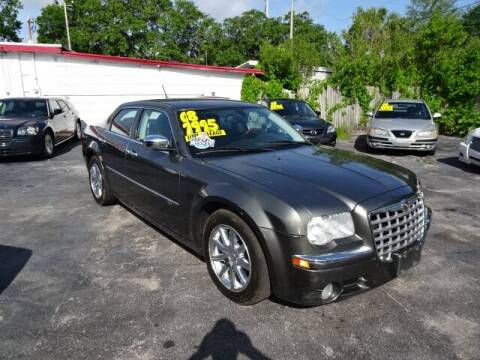 2008 Chrysler 300 for sale at DONNY MILLS AUTO SALES in Largo FL