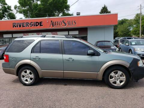 2005 Ford Freestyle for sale at RIVERSIDE AUTO SALES in Sioux City IA