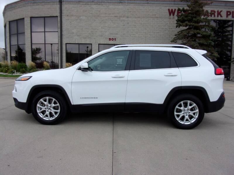 2014 Jeep Cherokee for sale at Elite Motors in Fargo ND