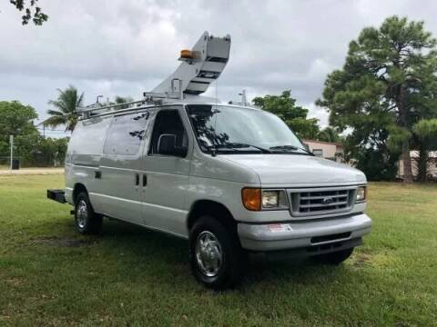 2006 Ford E-350 bucket van