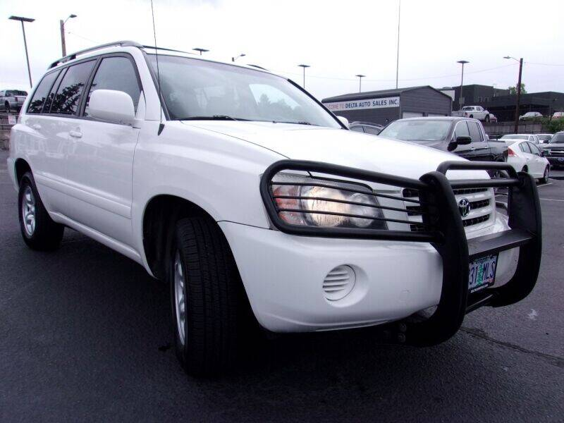 2003 Toyota Highlander for sale at Delta Auto Sales in Milwaukie OR