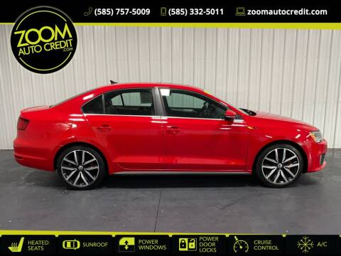 2013 Volkswagen Jetta for sale at ZoomAutoCredit.com in Elba NY
