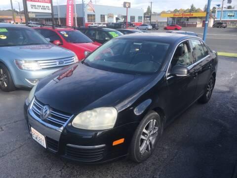 2006 Volkswagen Jetta for sale at American Dream Motors in Everett WA