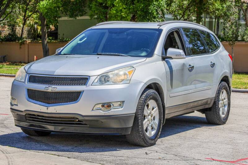 2012 Chevrolet Traverse for sale at Easy Deal Auto Brokers in Hollywood FL