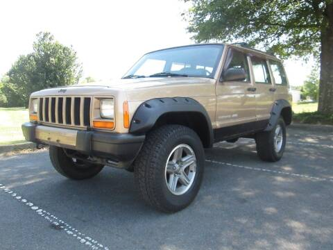 2000 Jeep Cherokee for sale at Unique Auto Brokers in Kingsport TN