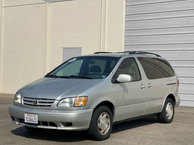 2003 Toyota Sienna for sale at AutoAffari LLC in Sacramento CA