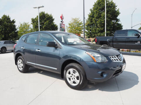 2015 Nissan Rogue Select for sale at SIMOTES MOTORS in Minooka IL