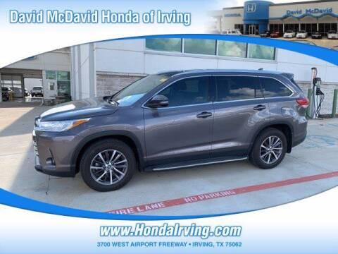 2019 Toyota Highlander for sale at DAVID McDAVID HONDA OF IRVING in Irving TX