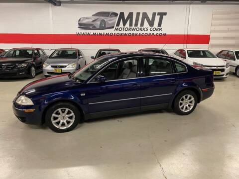 2004 Volkswagen Passat for sale at MINT MOTORWORKS in Addison IL