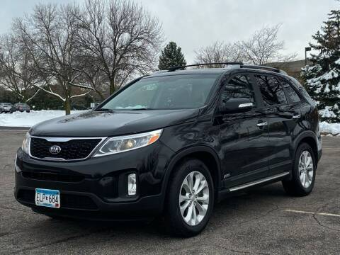 2014 Kia Sorento for sale at North Imports LLC in Burnsville MN