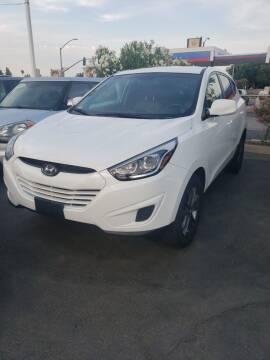 2015 Hyundai Tucson for sale at Thomas Auto Sales in Manteca CA