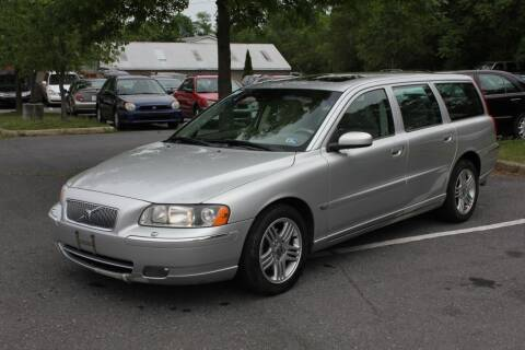 2006 Volvo V70 for sale at Auto Bahn Motors in Winchester VA