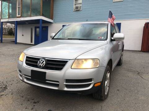 2006 Volkswagen Touareg for sale at Noble PreOwned Auto Sales in Martinsburg WV