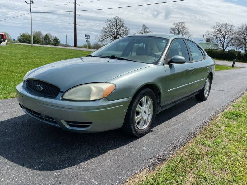 2005 Ford Taurus for sale at Champion Motorcars in Springdale AR