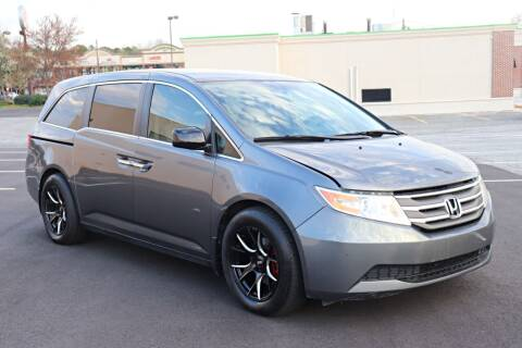 2013 Honda Odyssey for sale at Auto Guia in Chamblee GA