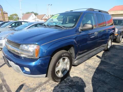 2006 Chevrolet TrailBlazer EXT for sale at Bells Auto Sales in Hammond IN