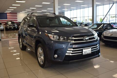2017 Toyota Highlander for sale at Legend Auto in Sacramento CA