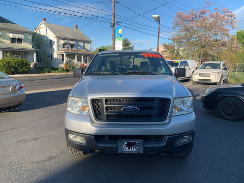 2005 Ford F-150 for sale at Roy's Auto Sales in Harrisburg PA