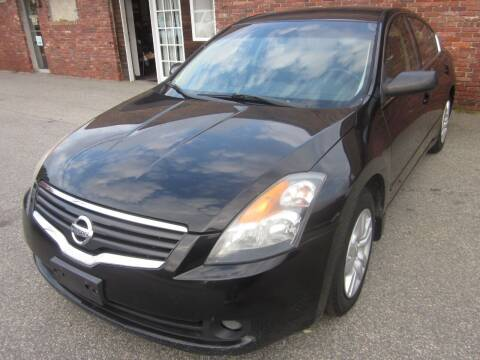 2009 Nissan Altima for sale at Tewksbury Used Cars in Tewksbury MA