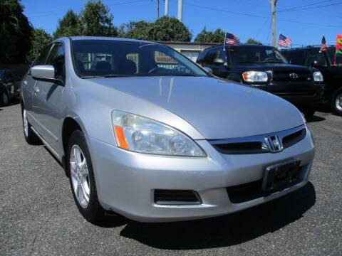 2006 Honda Accord for sale at Unlimited Auto Sales Inc. in Mount Sinai NY